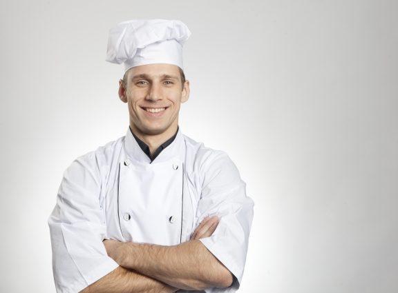 料理人 腕組み